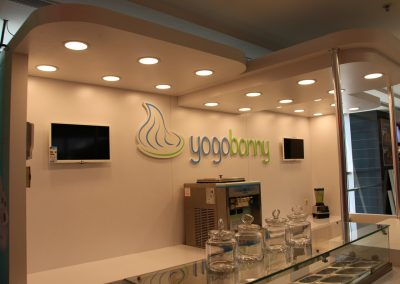 Yogurt_standi (3)
