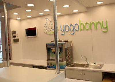 Yogurt_standi (5)